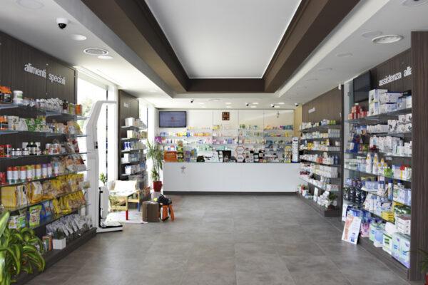 Nuova apertura Arredamento Farmacia La Flora