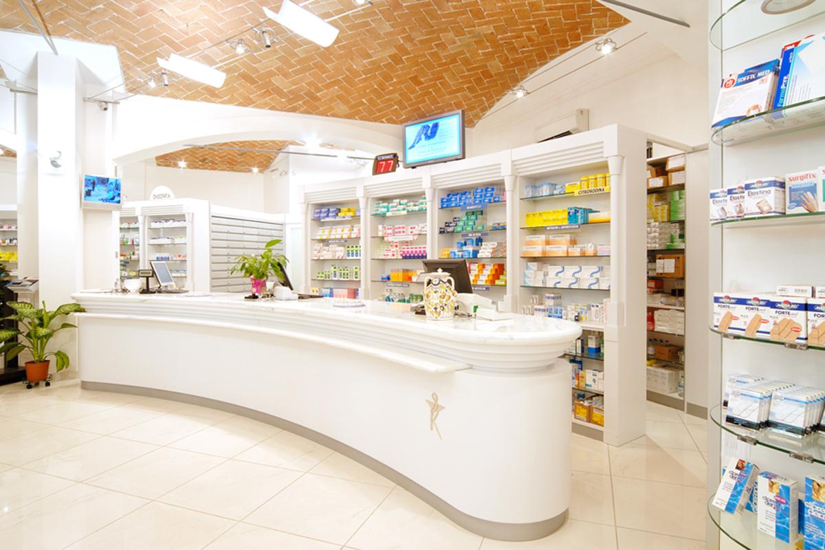 Ristrutturazione Farmacia Classica Dott. Casari